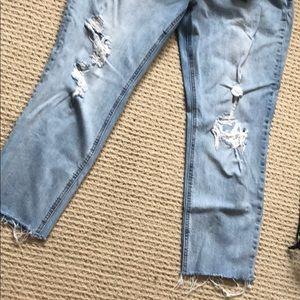 Old Navy Jeans - Old Navy boyfriend straight cut off ankle denim